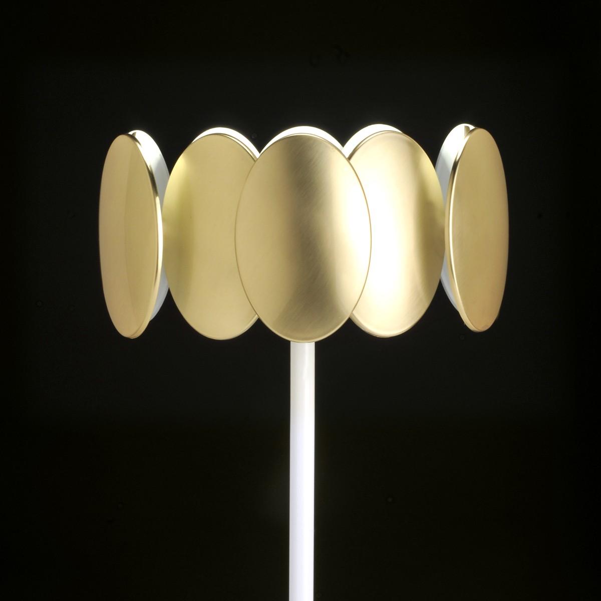 Milan Obolo Stehleuchte, weiß / Goldoptik gebürstet