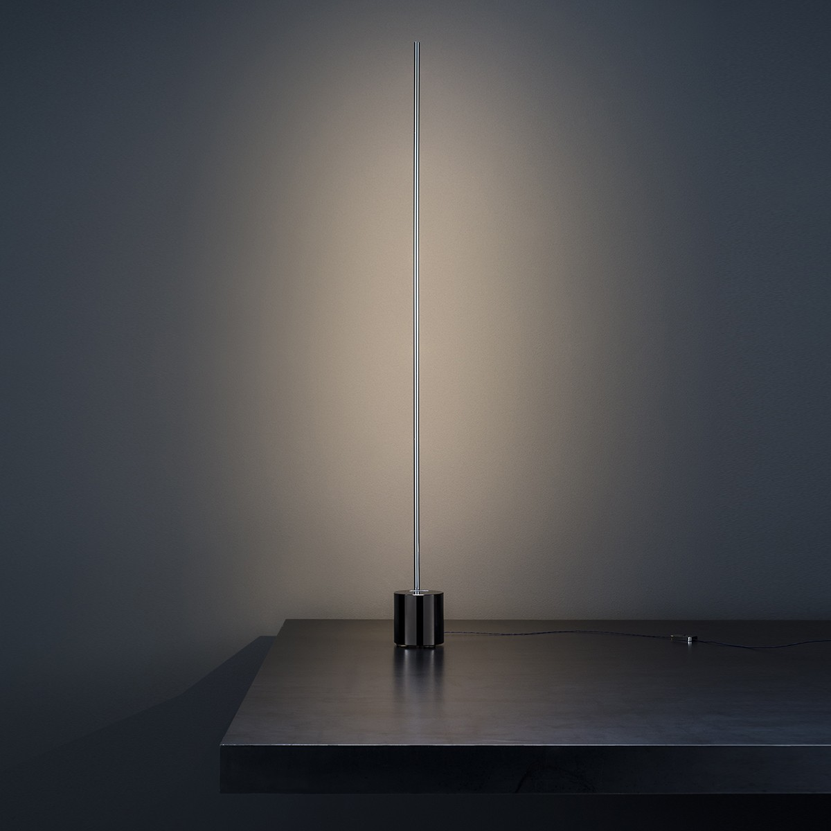 Catellani & Smith Light Stick T Tischleuchte, Nickel