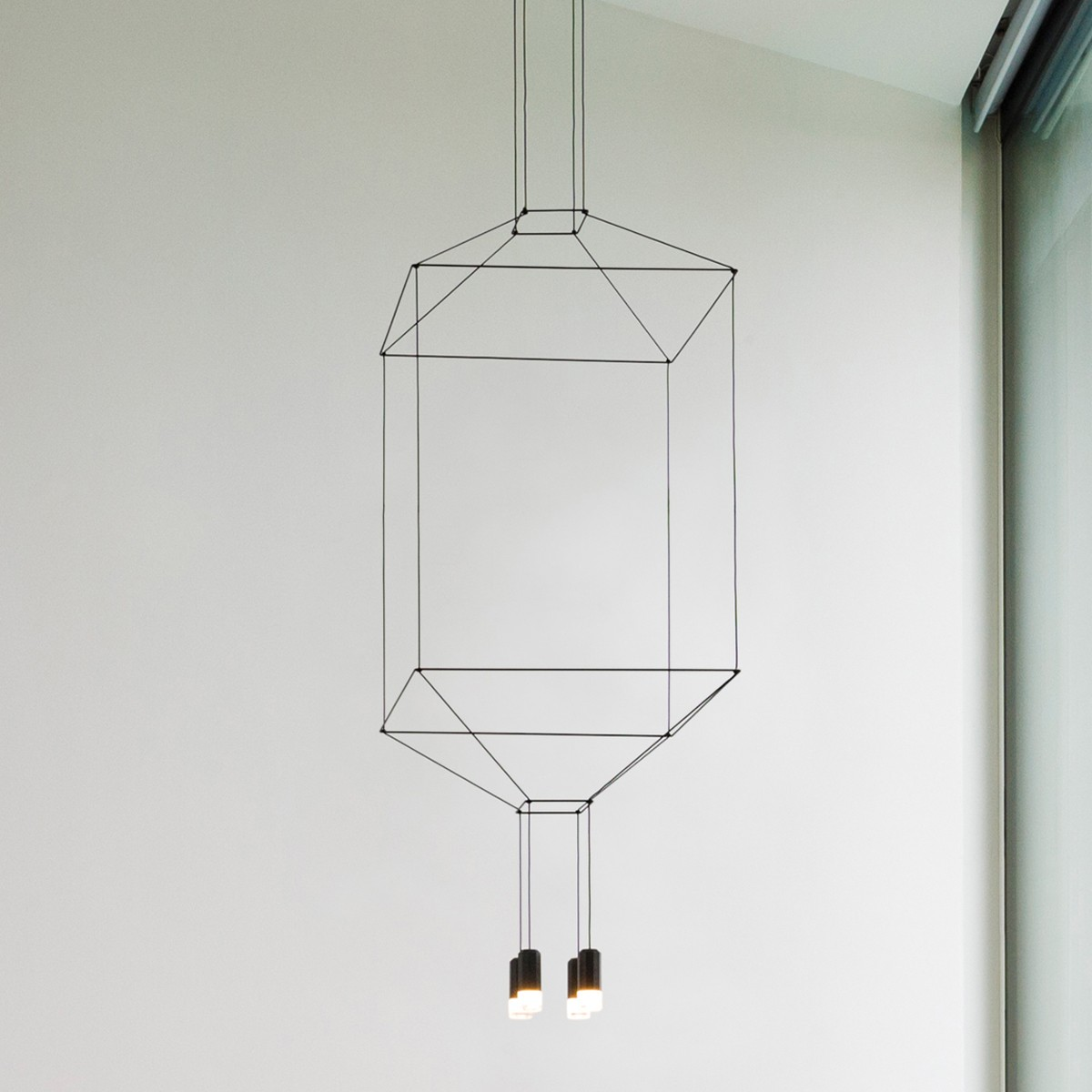 Vibia Wireflow Pendelleuchte, 4-flg., 100 x 100 cm, schwarz