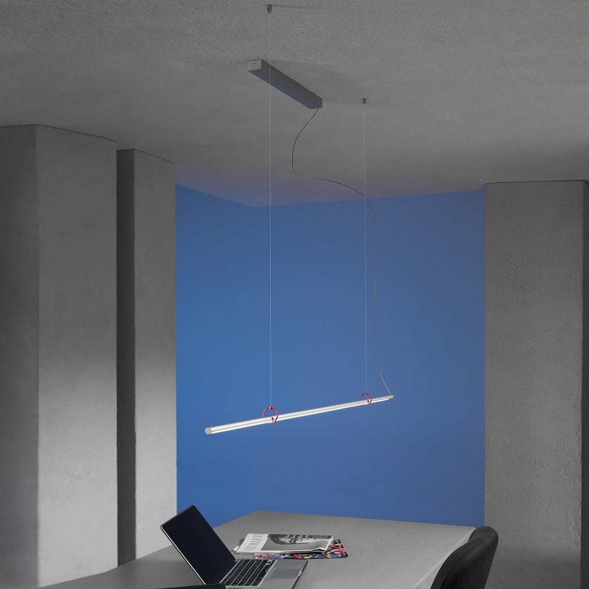 Escale Slimline Pendelleuchte, Länge: 120 cm, Aluminium geschliffen, mit rotem Clip