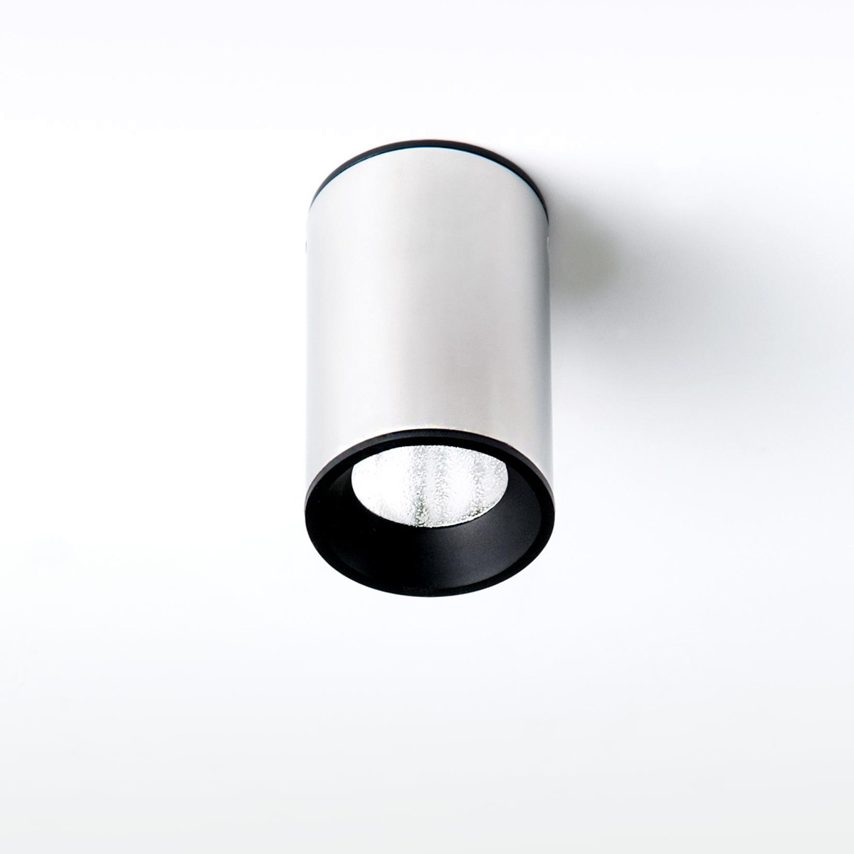 Milan Tub LED Deckenleuchte, Höhe: 6,4 cm, Edelstahl poliert / schwarz