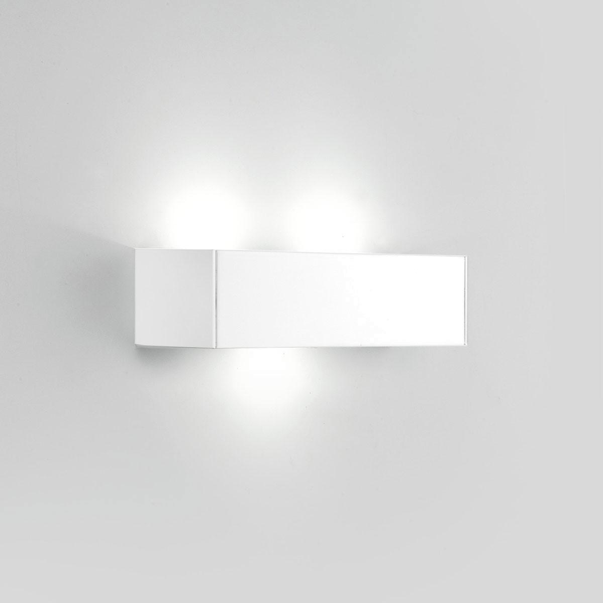 Milan T-LED Wandleuchte, 3-flg., weiß lackiert